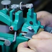 Amazon Custom: snijmachine producten op maat maken